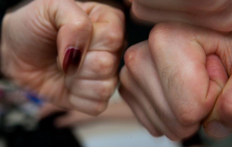 kumstis smurtas mustynes prievarta 62298277